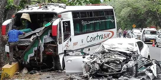 Un muerto y ocho heridos dejó accidente en la vía Ibagué-Espinal