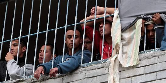 Venezolanos tienen 'desbordados' calabozos en Cúcuta