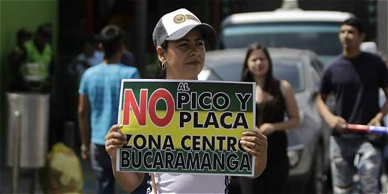 Conflicto de fallos tiene en entredicho pico y placa en Bucaramanga