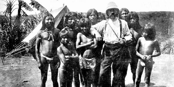 Casement llegó al país en 1910, con la misión de reportar a Gran Bretaña los abusos de la explotación cauchera.
