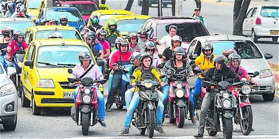 Restringen movilidad de motos para frenar piques en Armenia