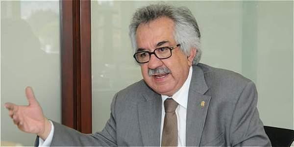 Ignacio Mantilla, rector de la Universidad Nacional de Colombia.