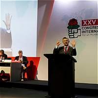 'Gobiernos de Chávez y Maduro despilfarraron US$998.000 millones'
