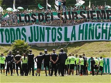 La hinchada de Nacional se tomó Medellín