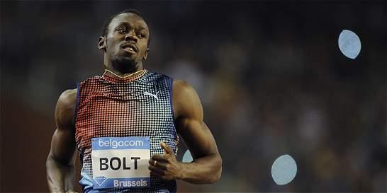 Usain Bolt preocupa cerca del Mundial de Pekin
