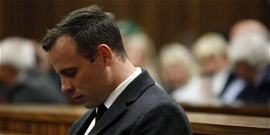 Pistorius, condenado a 6 años de cárcel por asesinato de su novia