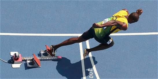 Usain Bolt clasificó a semifinales de los 200 metros