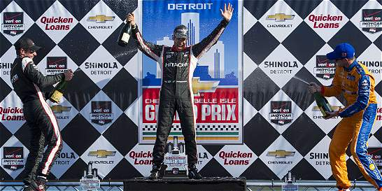 Helio Castroneves ganó la segunda carrera de la IndyCar en Detroit