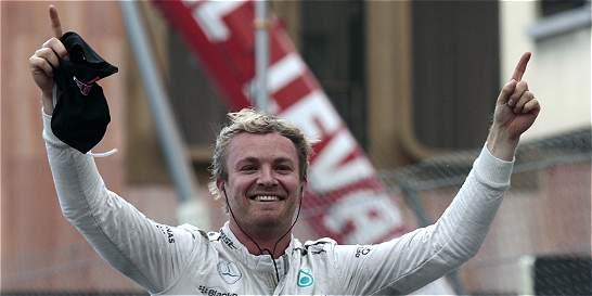 Nico Rosberg ganó por tercer año en Mónaco tras error de Hamilton
