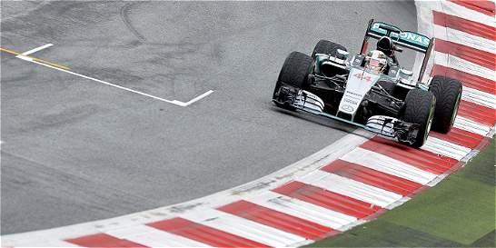 Lewis Hamilton saldrá de primero en el Gran Premio de Austria