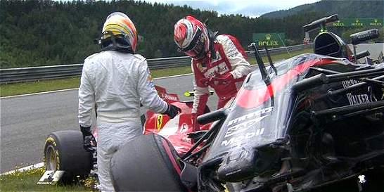 Fórmula 1: así fue el accidente entre Alonso y Raikkonen en Austria