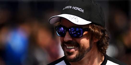 Alonso, penalizado 15 puestos en parrilla de salida por cambar motor