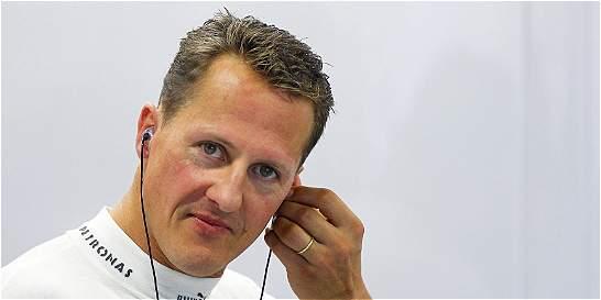 Agente de Michael Schumacher niega que el piloto ya pueda caminar