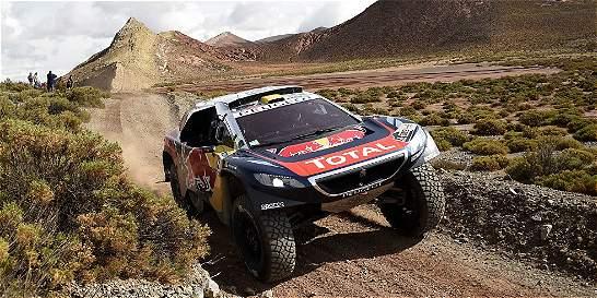 Peterhansel le pone freno a Loeb en el Rally Dakar 2016