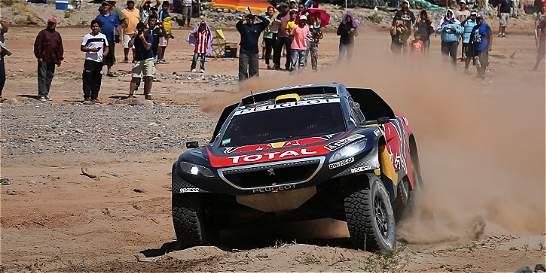 Peterhansel volvió al liderato en la categoría de autos del Dakar