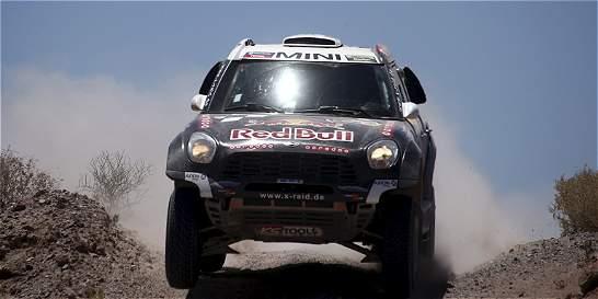 Al Attiyah ganó la etapa 11 y Peterhansel sigue de líder del Dakar