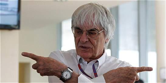 'Las mujeres no son físicamente capaces de manejar un F1': Ecclestone