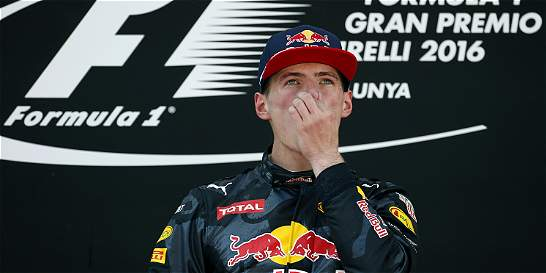 Verstappen entró en historia de F1 al ganar GP de España con 18 años