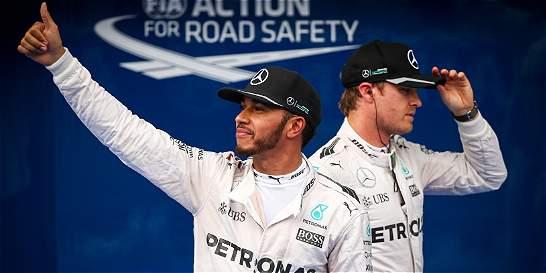 Lewis Hamilton saldrá de primero en el GP de Sepang de F1