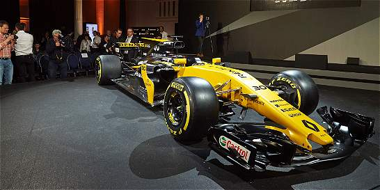 Renault presenta el RS17 con el quinto puesto como objetivo