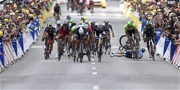 Matteo Trentin (cen.), ciclista italiano.