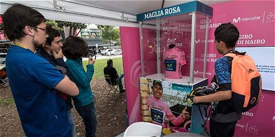 La maglia rosa de Nairo, en Bogotá