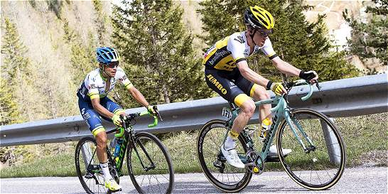 Chaves aleja la opción de ganar el Giro, Kruijswijk, líder sólido