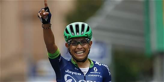 Esteban Chaves, con la mira en el Giro, se estrena en el 2017