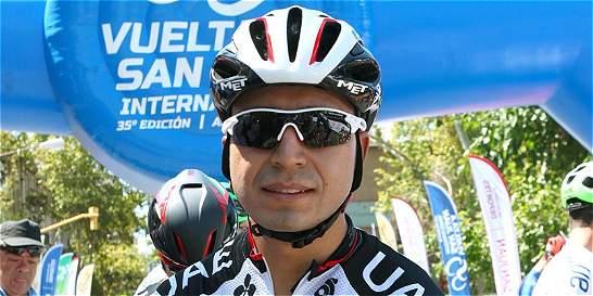 El ciclista colombiano Darwin Atapuma, con trauma craneoencefálico