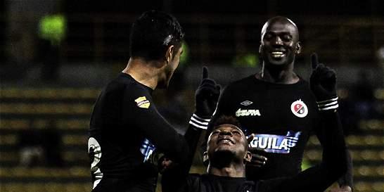Cúcuta y Quindío, a enterrar a rivales en cuadrangulares de ascenso