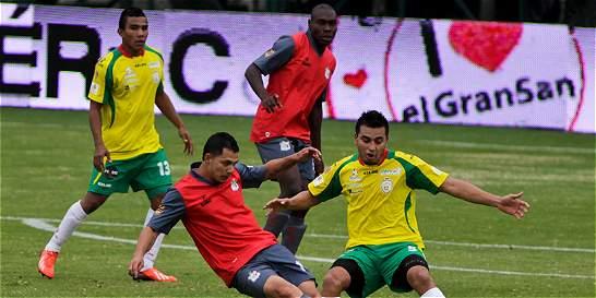 Quindío venció 2-1 a Real Cartagena y está cerca del ascenso