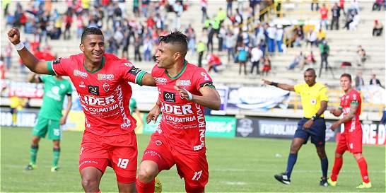 Patriotas también se metió en la pelea: superó 3-1 a Medellín