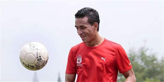 'América es el reto más grande de mi carrera deportiva': Camilo Ayala