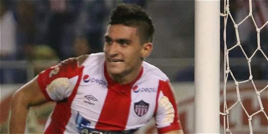 Guillermo Celis espera su turno para irse al exterior