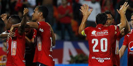 Medellín no supo manejar su ventaja: empató 2-2 con Jaguares