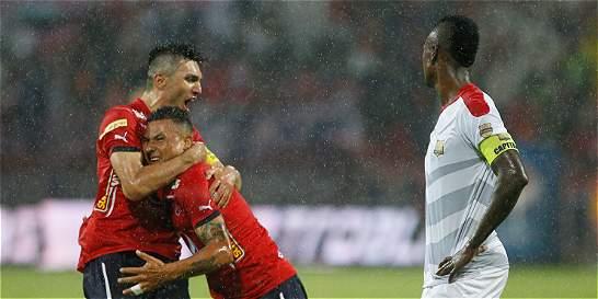 Medellín no tuvo problemas y venció 2-0 al líder Rionegro