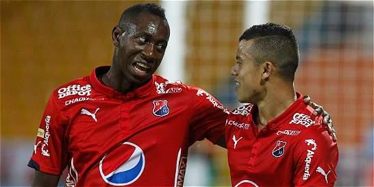 Medellín fue contundente y goleó 3-0 a Fortaleza en el Atanasio
