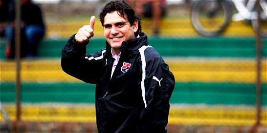 Eduardo Silva, presidente del DIM, feliz y contento con el título