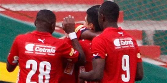 Medellín volvió a hacerse fuerte en casa y derrotó 1-0 a Bucaramanga