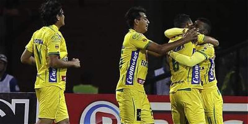 Atlético Huila superó al Junior 3-1 y se arrima al grupo de los ocho