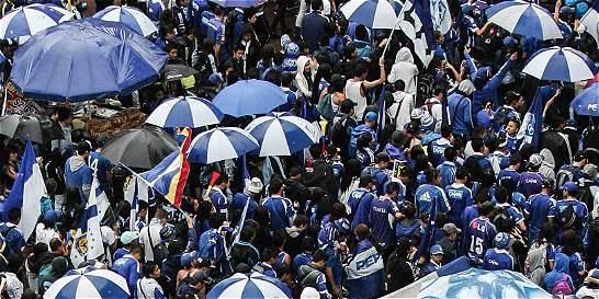Dimayor prohíbe la entrada a estadios a diez fanáticos durante 6 meses