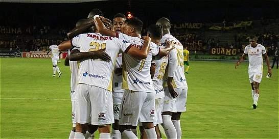 Tolima siguió siendo la bestia negra del Huila: le ganó 1-2