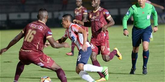 Junior sacó un empate con Tolima, pero perdió el portero Viera