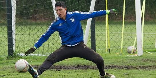 Ramiro Sánchez, con el arco en cero para pelear la titular en Millos
