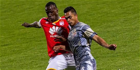 Santa Fe logró otro punto y salvó su invicto frente a Tigres