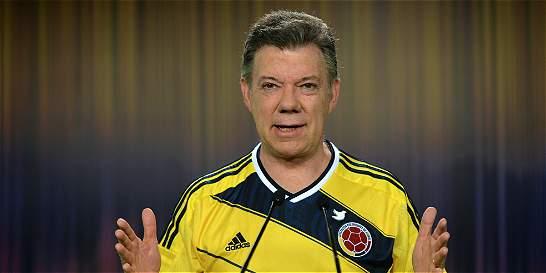Santos pide a Fedefútbol ratificar a Pékerman en la Selección