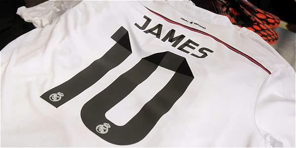 ea7a3c1f62151 Camiseta del Real Madrid de James Rodríguez.