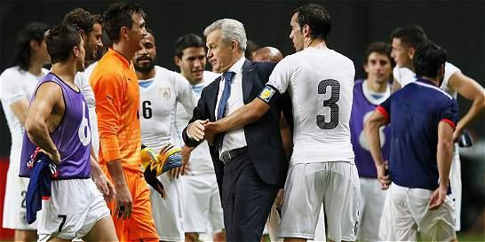 Uruguay ganó 0-2 y le amargó el debut a Aguirre como DT de Japón