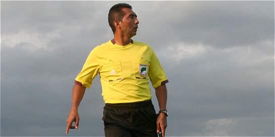 'A los árbitros nos las cobran todas': Humberto Clavijo