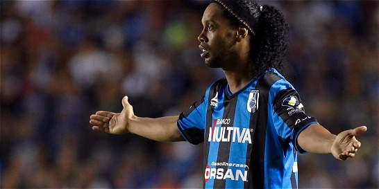 Según preparador físico del Querétaro a Ronaldinho no le gusta correr
